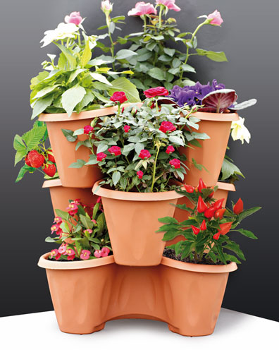 Trifoglio Terracotta outdoor set of 3 stackable pots